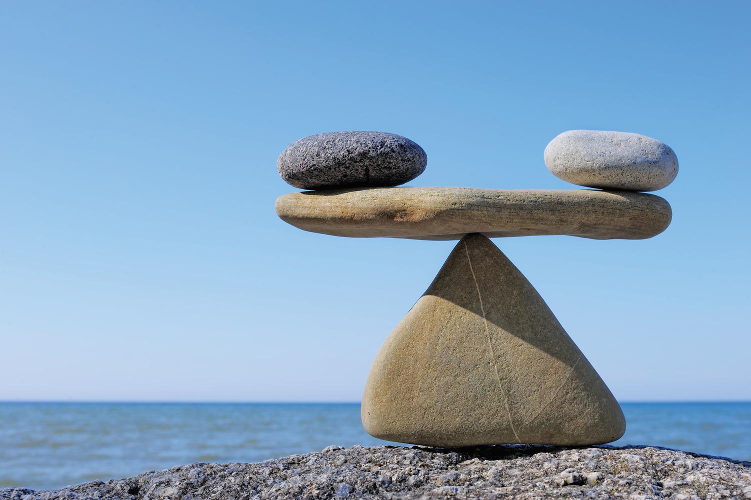 баланс, камни