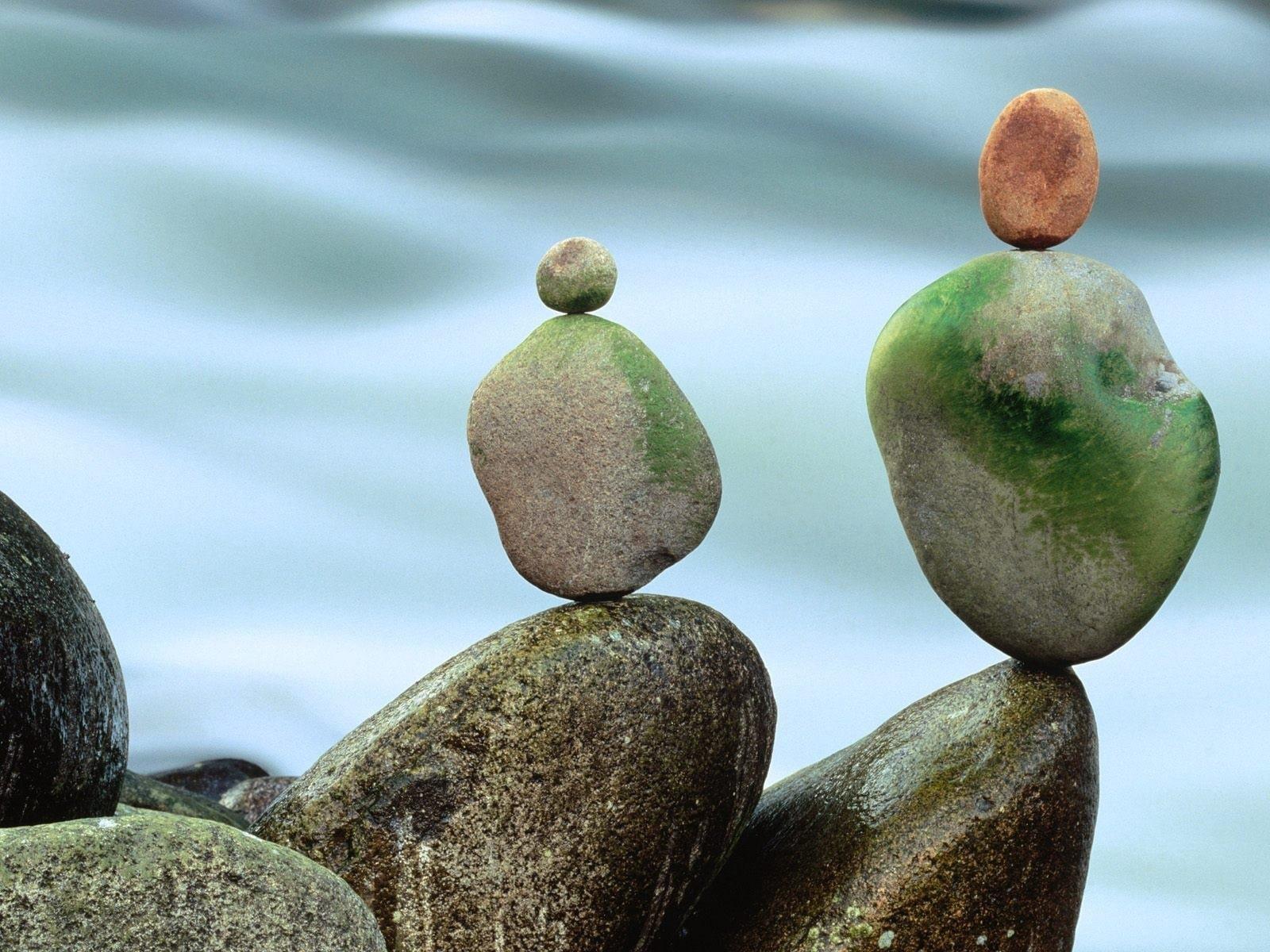стремление к гармонии, камни, вода,